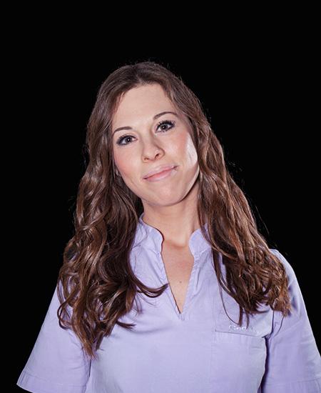 Desk Assistant Derma Laser Clinic: Cecilia